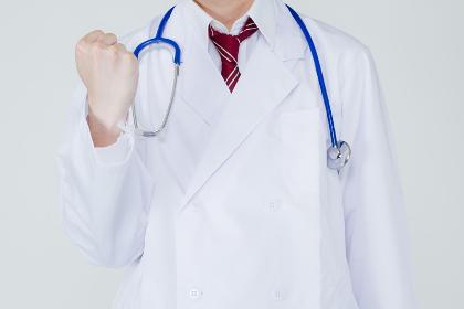 医者全体の平均年収